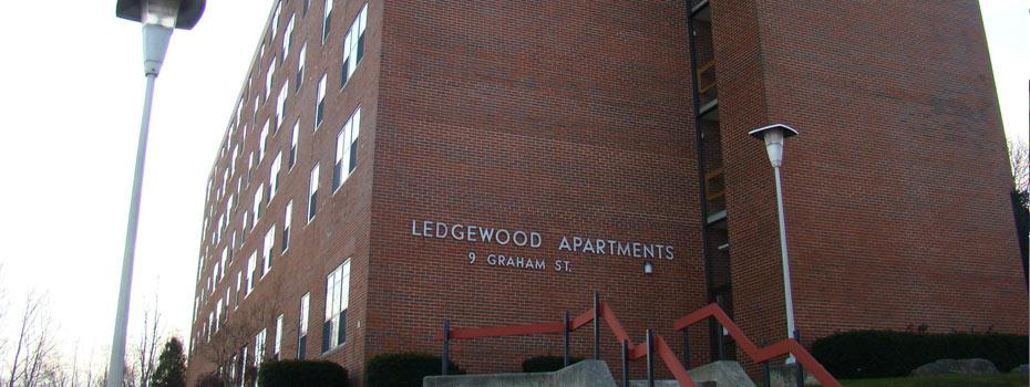 02-ledgewood
